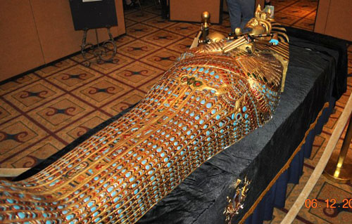 Aida egyptian king tut sarcophagus