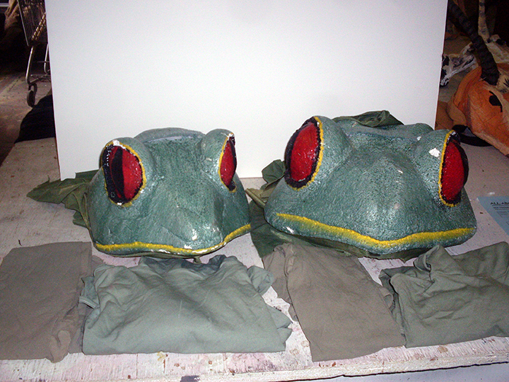 Children of Eden frog green heads pair costume