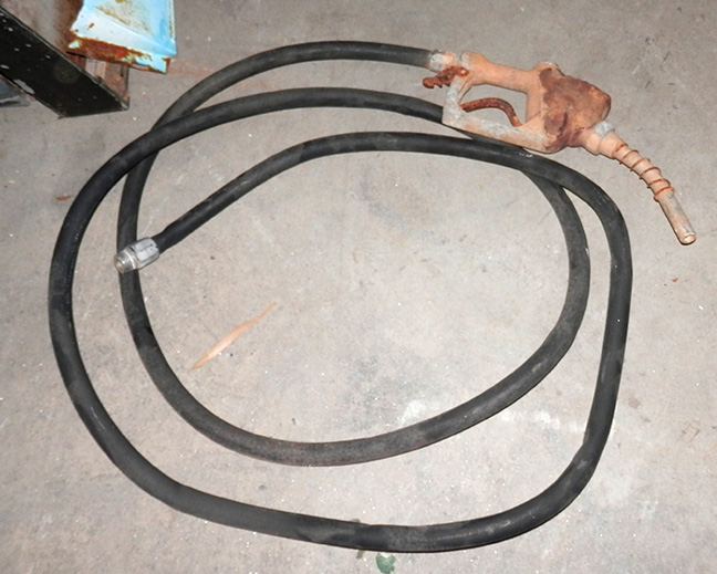 citystreets city streets gas pump hose black rusty