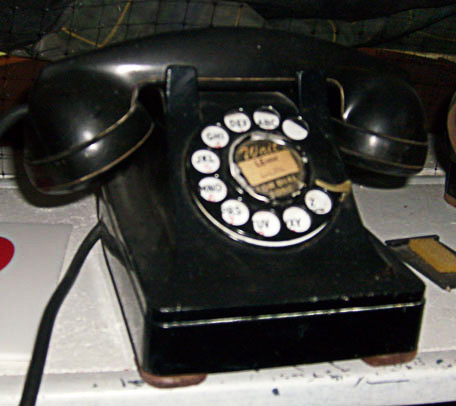 Grease telephone 1950 black home rotary