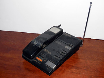 cordless phone with base answering machine telephone