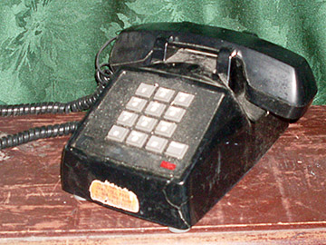 push button telephones corded 1970 black