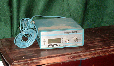 medical machine MonATherm 6000 thermometer