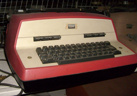 IBM electric typewriter red and white 1970s