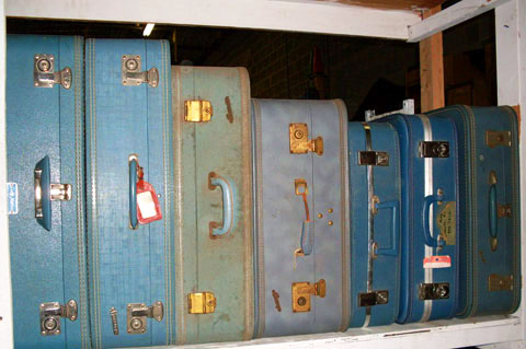 Luggage vintage 1970s blue