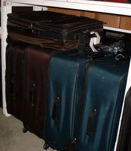 luggage xl on wheels 4