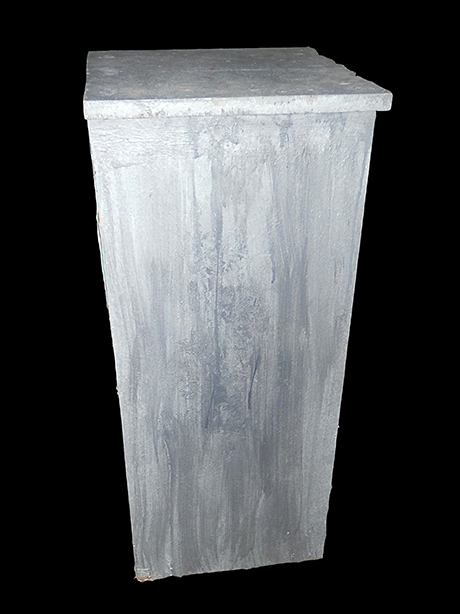 pedestal column gray square