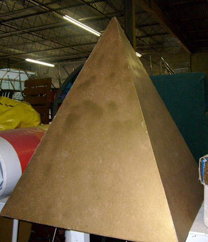 pyramid egyptian luan props