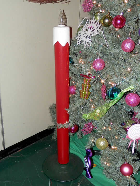 oversized candle christmas red