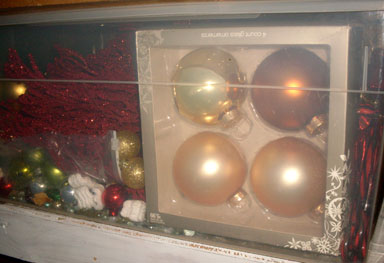 christmas ornaments gold yellow shiny