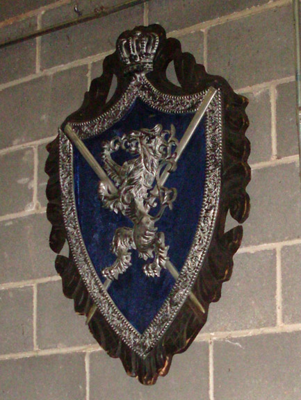 coat of arm wall decor silver blue
